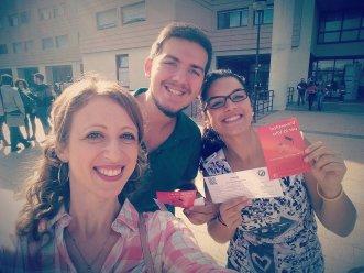 Gli Universitari per la Vita diffondono volantini all'Università di Tor Vergata per diffondere i valori pro-life!